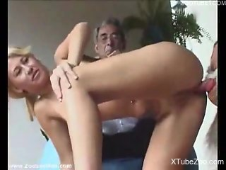 Kinky voyeur enjoys a bestiality sex session